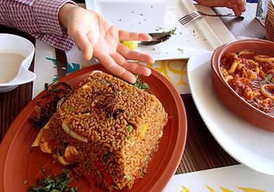 ae02_seafoodrice.jpg