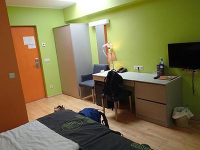 ee_hotel02jpg.jpg