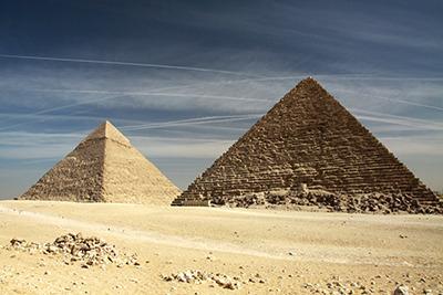 eg_piramid02.jpg