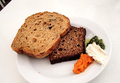 fi_mh_bread.jpg