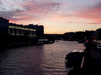 ru_sunsetrever.jpg